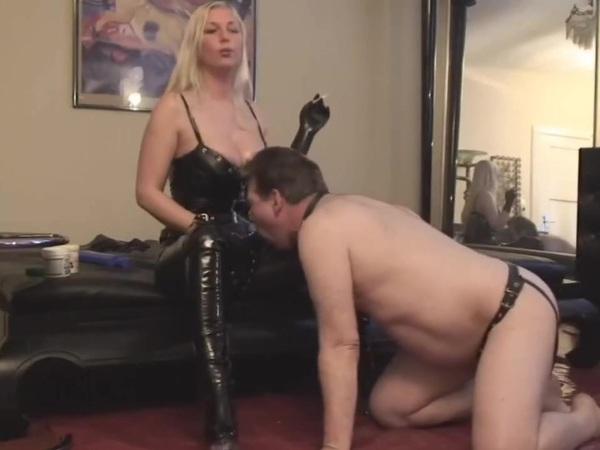 проститутка наталья со страпоном москва автозаводская