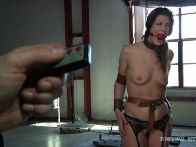 Sexciting BDSM session with curvy babe Cici Rhodes