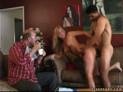 Rough sex and multiple squirting orgasms or curvy bitch Flower Tucci