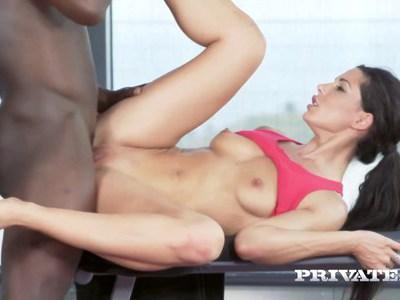 Interracial workout anal sex with Alexa Tomas