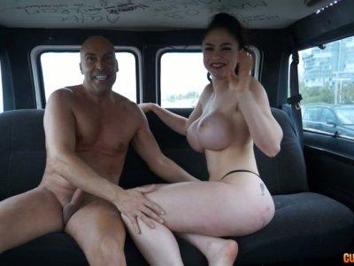 Exteme sex of sexy milf Marta La Croft in a car