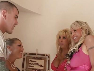 3 Frisky Blonde MILFs Suck Fuck And Swap Cum!