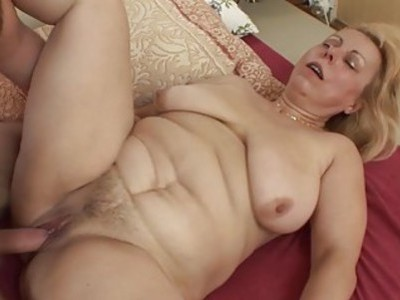 Saggy Breasted Blonde Mature Stepmom Anal Fucked
