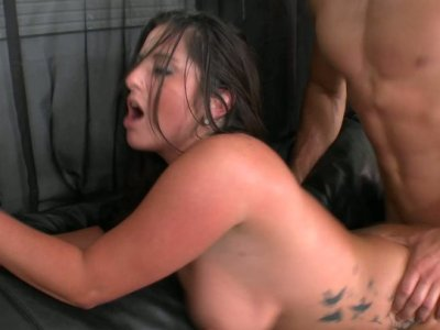 Chubby brunette hoochie gets pounded hard on the leather coach