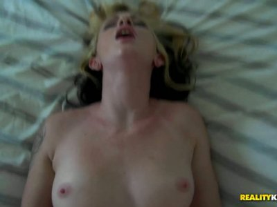 Olivia Ryder is a real nympho who's fond of doggy fuck